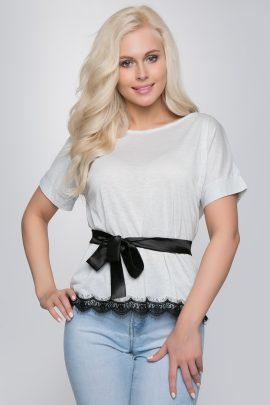 нарядная трикотажная блузка